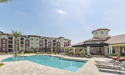 Sands Parc Apartment Pool - Daytona Beach Florida